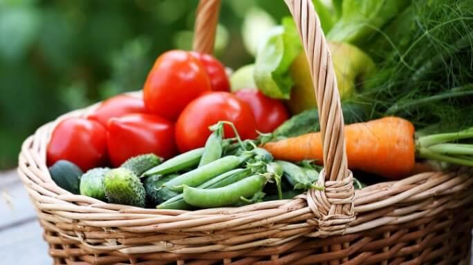 Fill up on vegetables image